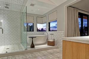 Kolbe Windows in Bathroom